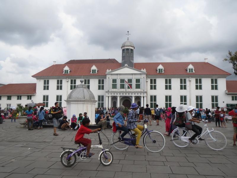 【インドネシアの歴史】多宗教・他民族が入り交じる海洋国家