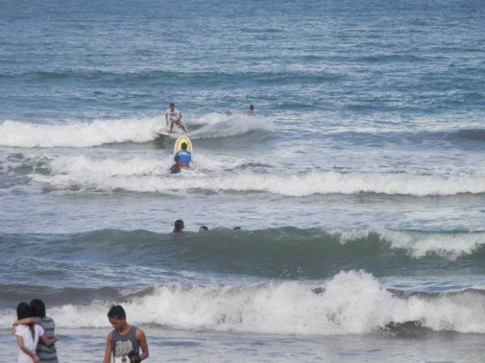フィリピンサーフィン、バガスバス