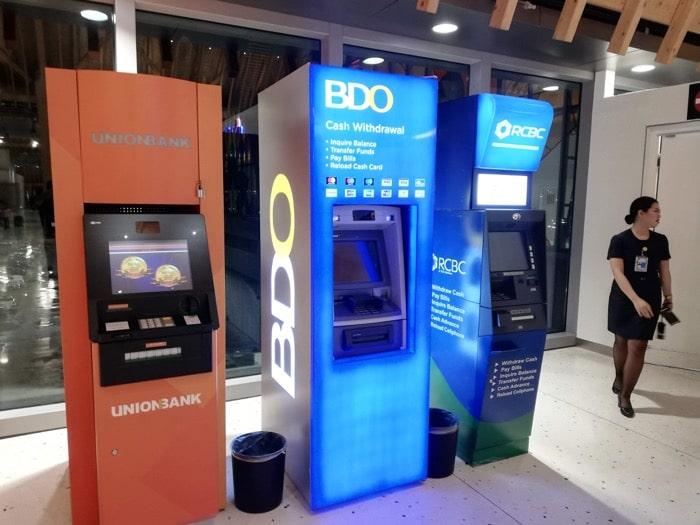 マクタン空港新ターミナル:ATMマシン