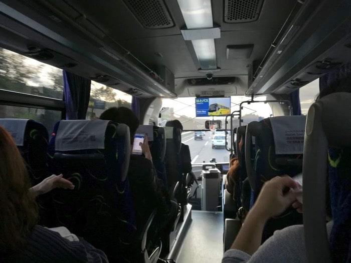 成田空港〜東京駅900円バス、京成バス車内